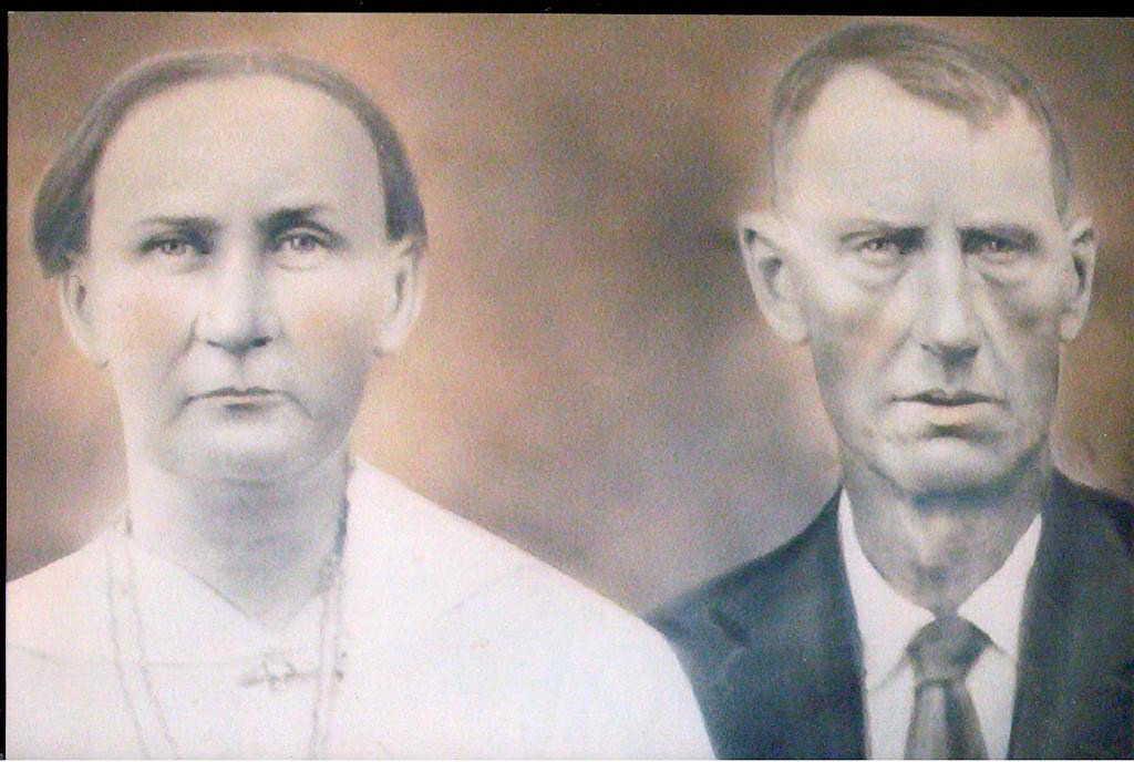 Aunt Rachel & husband, fiddler John Will Guthrie